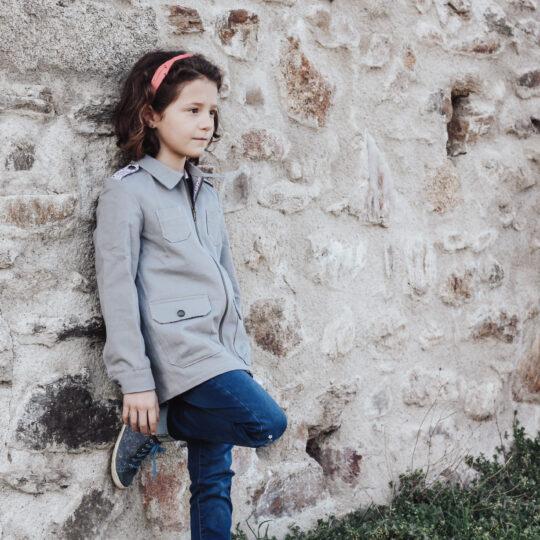 veste grise avec zip